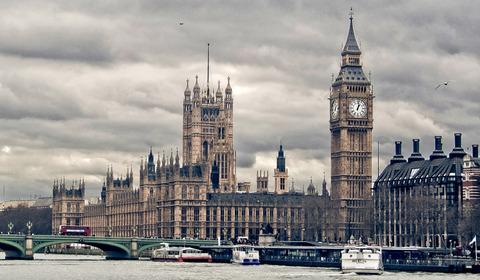 英、EU離脱へ下院通過 孤立主義はかつての帝国への布石?