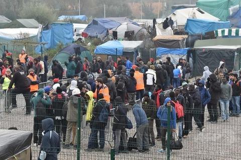 難民ジャングル解体へ 根本的な解決にはならず