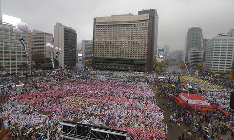 レームダック状態の韓国に打つ手なし