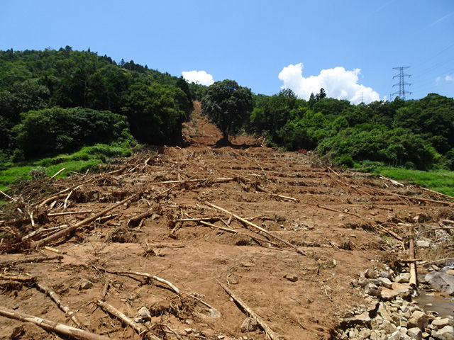 7月12日 水害被害の現場、呉市安...