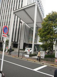 晴耕雨読、僕は頑張らない !   千代田区立図書館に行きました コメントトラックバック