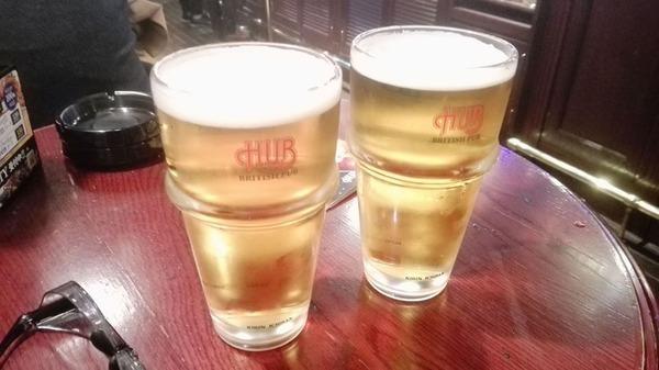 2杯のビール