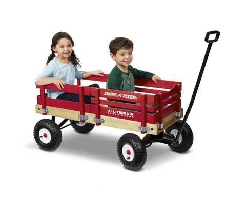 all-terrain-cargo-wagon-lifestyle-model-29_3