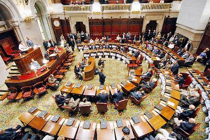 ny-senate-coup-nyhp107jpg-f0e2712bb7bc04ef_large