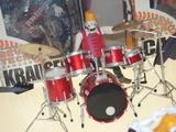 ドラムはBECKのもの