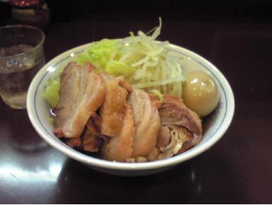20071217ラーメン陸豚入りラーメン