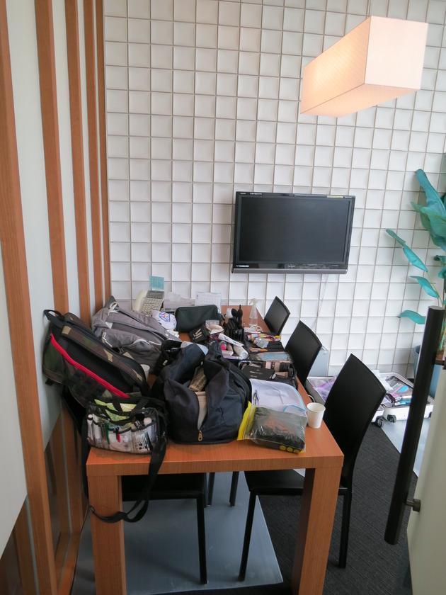 会議室Cはメイク室に。