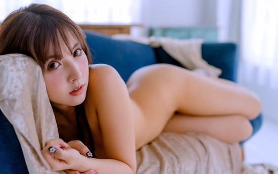 avwp_MikakiYua_b006_007