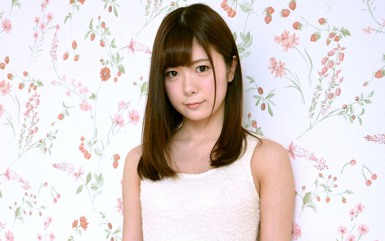 avwp_NarusawaKisaki_b001_001