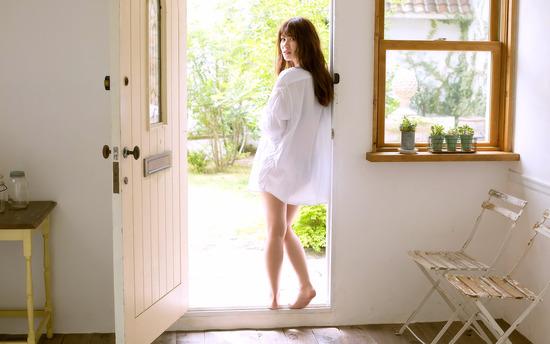 gmwp_YoshinagaKasumi_b001_002