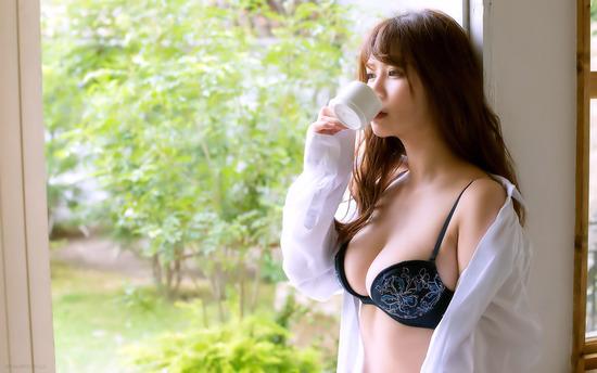 gmwp_YoshinagaKasumi_b001_004