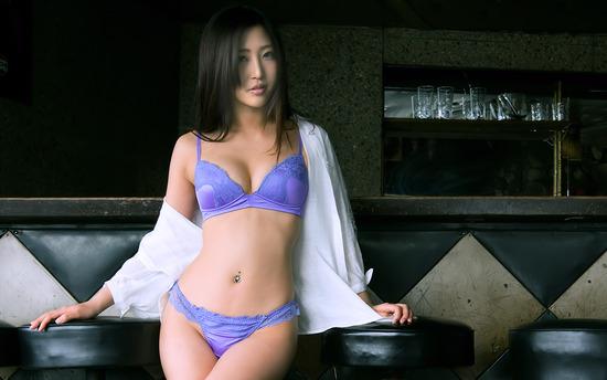 avwp_MizukiMiri_b002_001