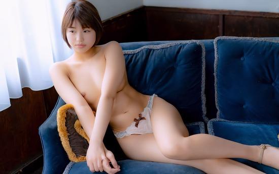 avwp_TadaiMahiro_b002_009
