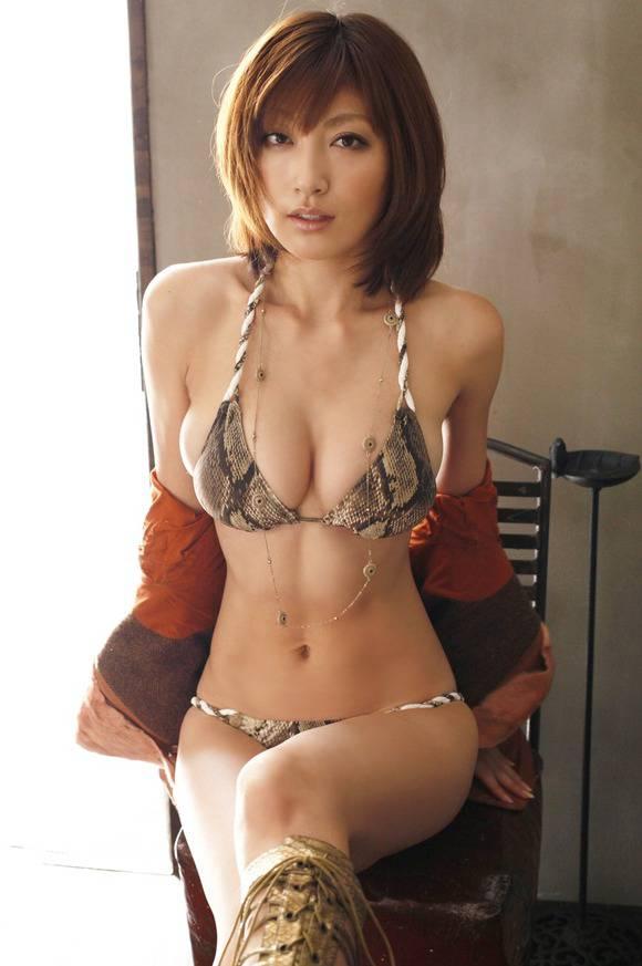【グラドル】熊田曜子(38)、シコられたい願望が溢れ出る.....w