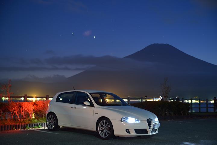 山中湖の夜景。。。
