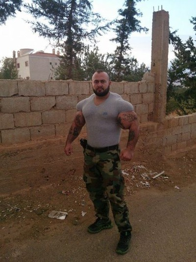 this_syrian_mercenary_is_another_victim_of_synthol_640_19