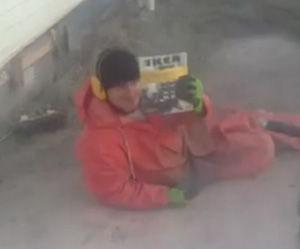 仕事中も雑誌でも読んでリラックス