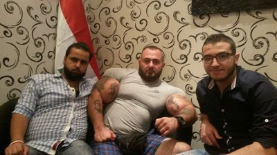 this_syrian_mercenary_is_another_victim_of_synthol_640_25