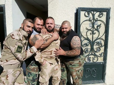this_syrian_mercenary_is_another_victim_of_synthol_640_13