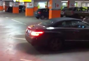 尋常じゃないほど安全・完璧に車を駐車する方法