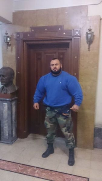 this_syrian_mercenary_is_another_victim_of_synthol_640_26