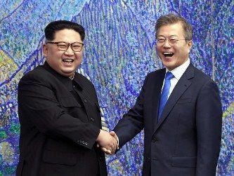 【外交の文】文大統領、今月末に電撃訪朝し南北首脳会談か