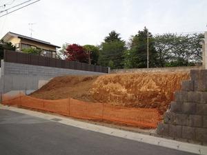 松戸市現場打ち擁壁工事 (1)