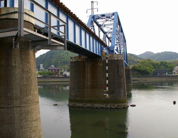 湊川橋梁3
