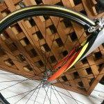 ロードバイクのタイヤはイエローラインで