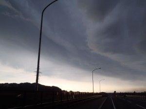 2012-09-06 早朝ライド これはやばい雲…帰ろう。