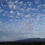 2012-10-02 早朝ライド 秋の雲に覆われるお山