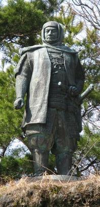 謙信公銅像(石坂孝二)