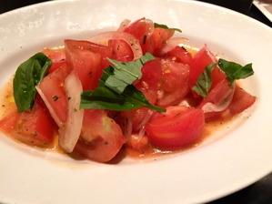 ダ ミケーレ トマトのサラダ