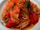 OSTERIA YUCCA サーモンとトマトの冷製パスタ