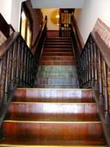 椿屋珈琲店階段