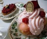 銀座 ラデュレ マカロン ケーキ3