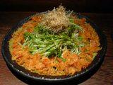 キムチバー・チャミスルの桜海老と京水菜のサラダ