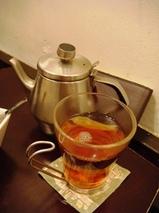 代々木 金魚カフェ 紅茶