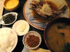 豆寅 煮魚定食