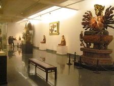 ベトナム美術博物館 仏像1