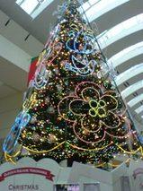桜木町 クイーンズスクエアのクリスマスツリー