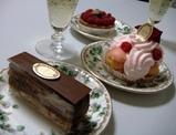 銀座 ラデュレ マカロン ケーキ2