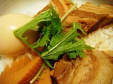 銀座 カフェランチ 634(むさし)角煮丼1