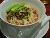芝蘭の汁なし坦々麺