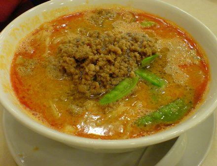 銀座松坂屋 赤坂飯店の坦々麺