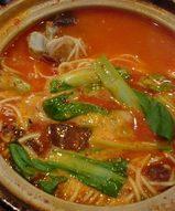池袋の中国家庭料理の店・陽(ヤン)の骨付き豚肉麺
