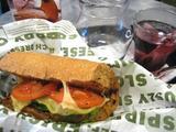 クイズノス サブ サンドイッチ