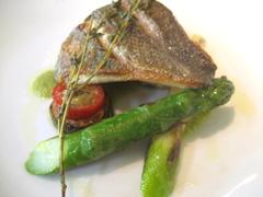 マンジャ ペッシェ 魚