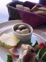 MADO パンと前菜
