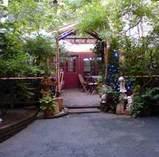 横浜元町 汐汲坂ガーデン入り口